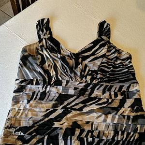 DRESS BARN COLLECTION tiered dress